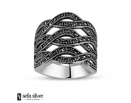 Farklı Tasarım Gümüş Yüzük