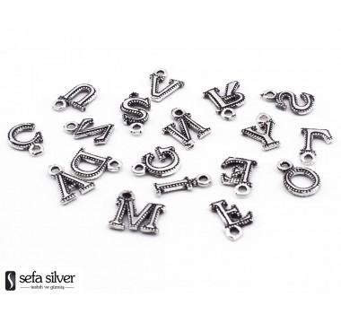 Püskül Ucuna Gümüş Harfler